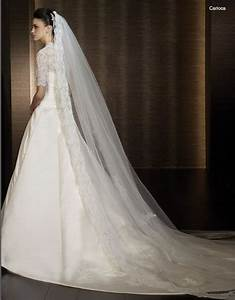 long wedding veil 1 on eweddinginspiration With long veil wedding dresses