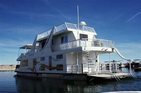 Boats Dc Rent by A Power Inverter For My Houseboat Inverters R Us