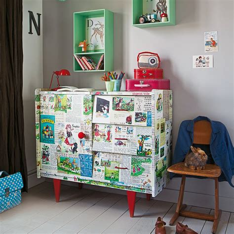 meubles chambre enfants un meuble recouvert d images pour enfant