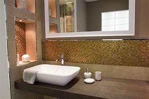 Mosaik Fliesen Wohnzimmer : bad mit mosaik braun ~ Markanthonyermac.com Haus und Dekorationen