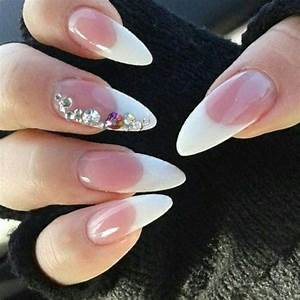 oval-tip-nail-designs-new-trend-2017-2018_12_1.jpg - StylePics