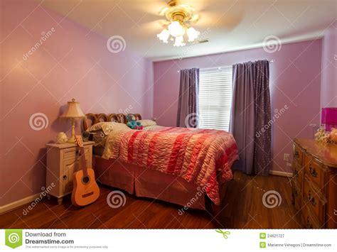 photographie à la chambre la chambre à coucher de l 39 enfant photographie stock