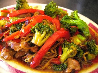 cuisiner les brocolis frais dés de porc à la sauce d 39 huîtres supertoinette la
