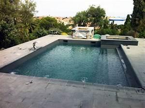 Piscine gris fonce for Carrelage plage piscine gris 9 peinture piscine et bassin arcapiscine etancheite