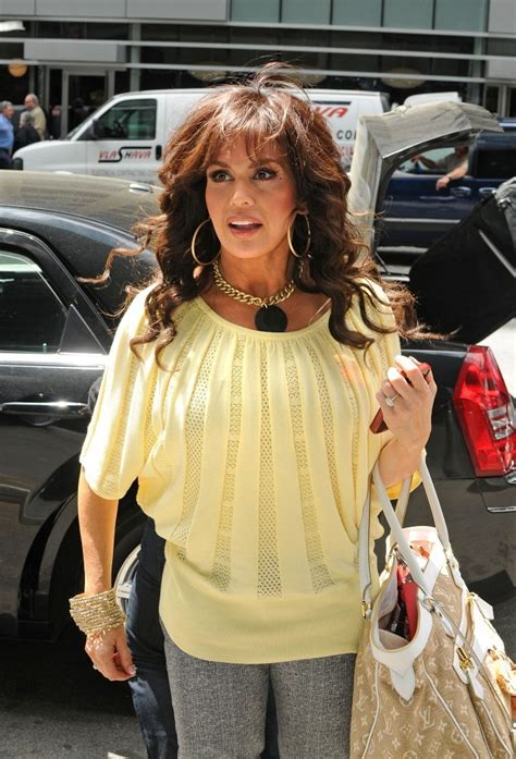 marie osmond gold statement necklace marie osmond  stylebistro