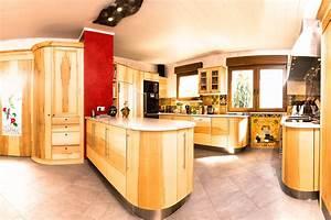 Küchen Landhausstil Mediterran : runde k che in kernahorn im landhausstil ~ Sanjose-hotels-ca.com Haus und Dekorationen