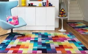 Runder Bunter Teppich : 25 aufgefallene designer teppiche f r jeden wohnraum ~ Sanjose-hotels-ca.com Haus und Dekorationen