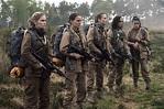 Annihilation Review: Natalie Portman Sci-Fi Is a Surreal ...