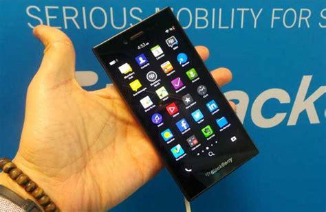 blackberry leap ponsel lte untuk kaum profesional muda