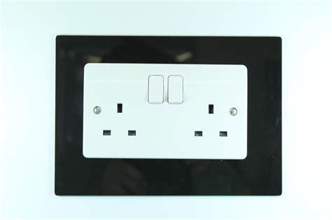 classikool single or light switch socket wall