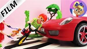 Voiture Playmobil Porsche : accident de voiture playmobil une porsche renverse un enfant sur le passage prot g youtube ~ Melissatoandfro.com Idées de Décoration