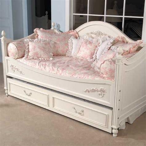 isabella pink toile day bed duvet  filler