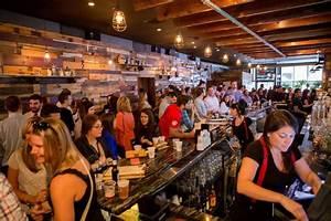 The World's Largest Bar Crawl Returns To Philadelphia This ...