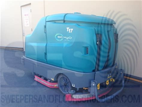Tennant Floor Scrubber Service by Tennant T17 Floor Scrubber Demo Tennant T17