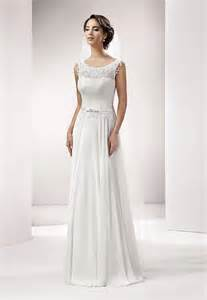 brautkleid alternativ schmal geschnittene brautkleider verführerische eleganz