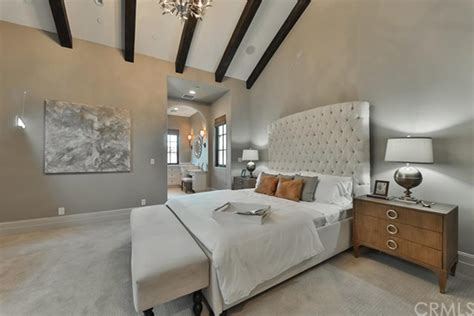 britney spears  selling  thousand oaks home celebrity trulia blog