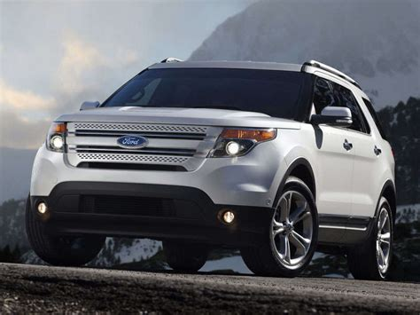 ford crossover 2007 2014 ford explorer family crossover suv road test and
