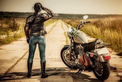 Top 10 Women's Motorcycle Boots