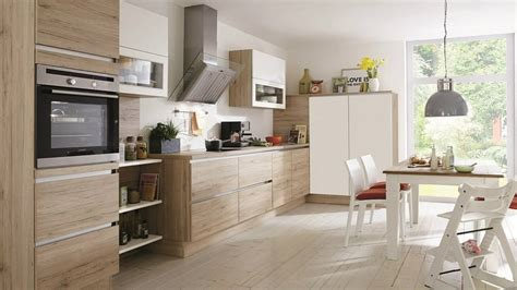 refaire une cuisine a moindre cout refaire cuisine en bois tabouret bois cuisine with