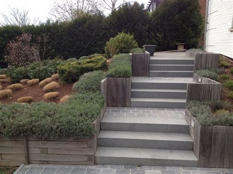 creer un escalier exterieur les 25 meilleures id 233 es de la cat 233 gorie terrain en pente sur cour en pente arri 232 re