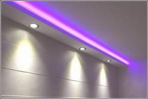 Beleuchtung Decke Wohnzimmer : indirekte beleuchtung decke indirekte beleuchtung decke rigips decke indirekte beleuchtung ~ Sanjose-hotels-ca.com Haus und Dekorationen