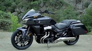 Honda Ctx 1300 : 2014 honda ctx1300 youtube ~ Medecine-chirurgie-esthetiques.com Avis de Voitures
