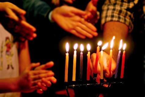Light The Menorah by And Easy Guide To Lighting The Menorah Jewishboston