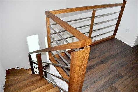 Treppe Handlauf Holz by Gel 228 Nder Handlauf Zubeh 246 R Treppenbau Leisen Treppen