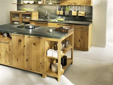 cuisine maison bois maison de cagne avec cuisine moderne toute en bois