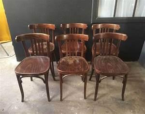 Chaise Moderne Avec Table Ancienne : charmant chaise moderne avec table ancienne 25 chaises de bistrot inside chaises bistrot ~ Teatrodelosmanantiales.com Idées de Décoration
