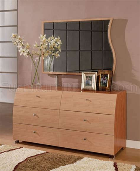5 maple and cherry finish contemporary bedroom set