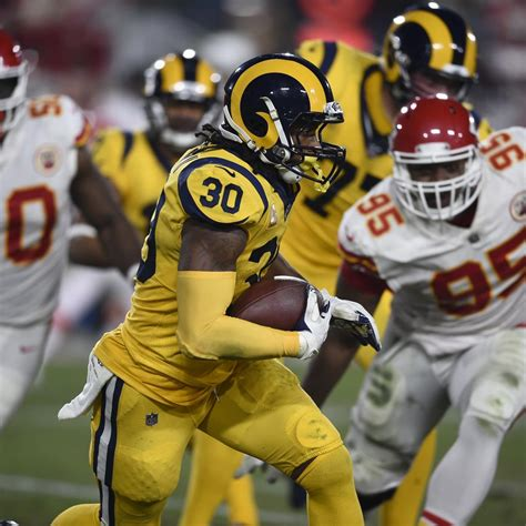 todd gurley suffered minor ankle injury  chiefs
