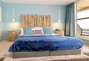 Tete De Lit Chevet : t te de lit bois flott pour une chambre d 39 ambiance naturelle ~ Teatrodelosmanantiales.com Idées de Décoration