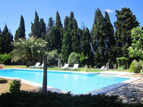 chambre d hote maillane le clos des cypres alpilles graveson piscine oliviers