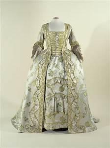 robe a la francaise quotsack back gownquot palais galliera With acheter une robe
