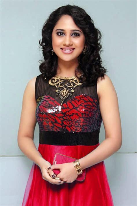 Miya: A Talented Malayalam - Tamil Actress   Miya George ...