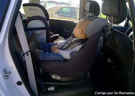 comment installer un siege auto dans une voiture test et avis le si 232 ge auto axissfix de b 233 b 233 confort