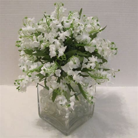 how to make a lily of the valley bouquet easy wedding tutorials