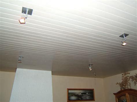 plafond de chambre peinture plafond chambre nous avons dans un premier temps