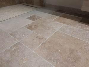 Renovation Carrelage Sol Cuisine : r novation d une salle de bains w c en travertin sur ~ Edinachiropracticcenter.com Idées de Décoration
