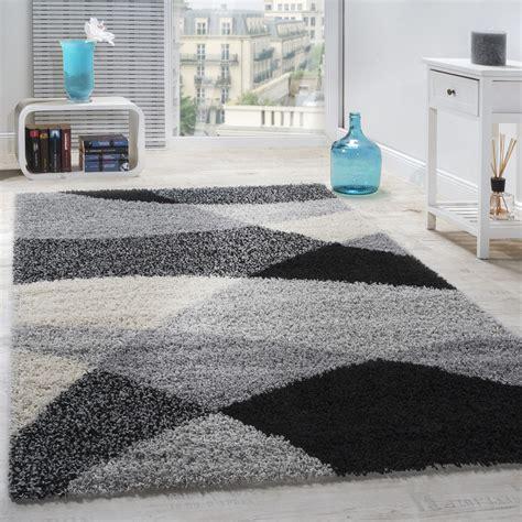 shaggy motifs gris noir blanc tapis