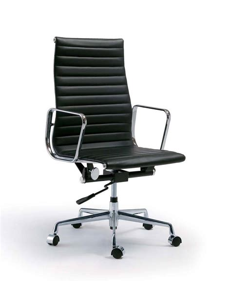 eames office chair is designed for comfortable office