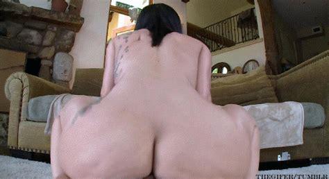 Sexy Tatted Babe Squat Fucks A Cock Ibangslutsbutts