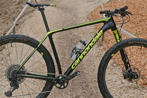 cannondale introduces new f si race hardtail bicycling cannondale lefty ocho sheds weight in single crown