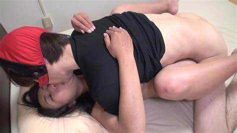 busty japanese milf gets hairy pussy licked before