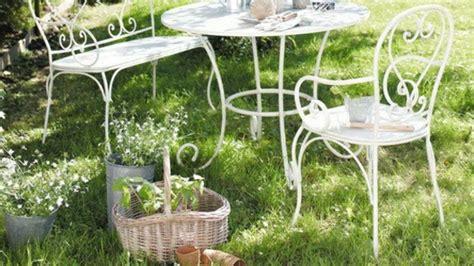 chaise fer forgé pas cher idées de décoration de jardin pas cher archzine fr