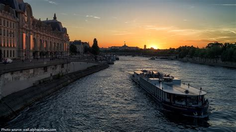 Bateau Mouche Facts interesting facts about the seine river just fun facts
