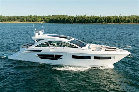 cruisers yachts  cantius power boat  sale www