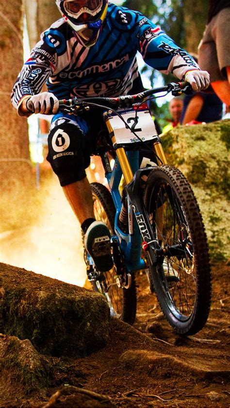 dh action wallpaper  iphone