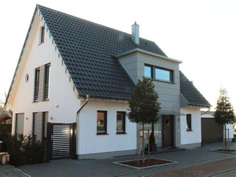 Moderne Klinkerhäuser by Vorderbr 252 Ggen Bau Gmbh